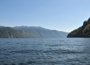 Телецкое озеро берега
