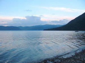 Телецкое озеро в Западной Сибири