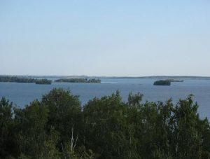 Озеро Иртяш острова