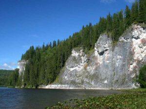 Скальные берега Вишеры
