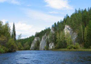 Река Сосьва утесы